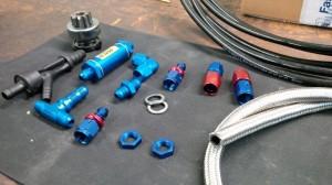 Benzinfilter und weitere Dash Anschlüsse für den Tank